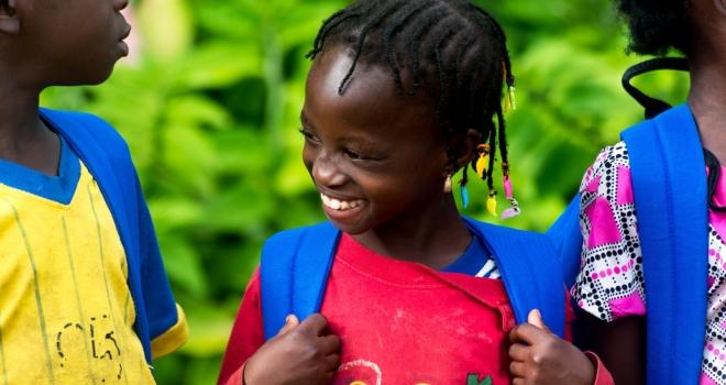 LA FONDATION CLAUDINE TALON APPORTE SON SOUTIEN AUX ECOLIERS DES ZONES DESHERITEES DU BENIN : UN PREALABLE POUR UNE BONNE ANNEE SCOLAIRE