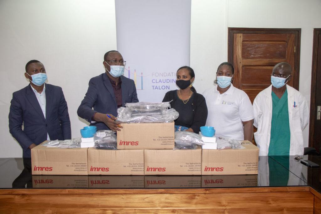 Remise kits de FO au CNHU_Cotonou_17 mai 2021_Arnaud_Eddy (5)